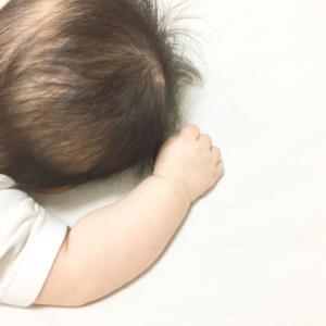赤ちゃんの後頭部の髪の毛が絡まる!おすすめの魔法のブラシ!と、潤うドライヤー。