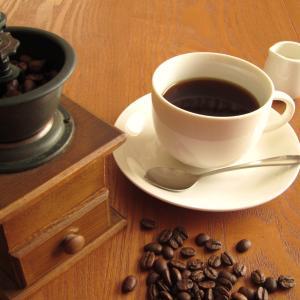 【カフェコーナーを作りたい】コーヒーグッズを置く場所と飲む場所まとめ