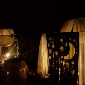 薄暗いテントの中で食事?名古屋の不思議な隠れ個室空間【ガルーバ】