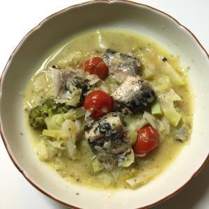 いわし水煮缶を使って簡単時短料理!いわしのアクアパッツァ
