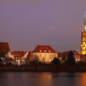 ヴロツワフ(Wroclaw)ガイド / 小人だけではない、散策楽しいナドドジェ地区、圧倒的な博物館と美術館のあるシレジアの街