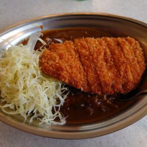 金沢カレーの代表的なお店、チャンカレ。石川県能美市にあるカレーのチャンピオンで、Lカツカレー。
