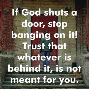 扉が閉められてしまった時、先に進めないとき