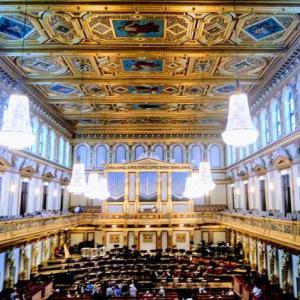 プラハのエステート劇場で感動した話|オペラに興味がなくても訪れるべきスポット!