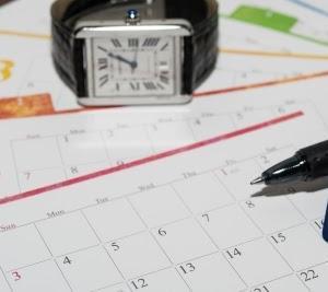 年間休日が105日以下だったら労働基準法最低ライン?