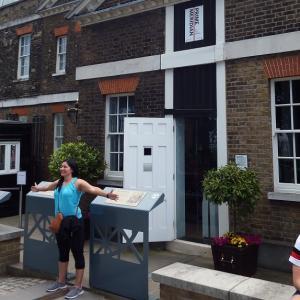 ロンドン観光で絶対外せない場所!グリニッジ天文台で世界標準子午線をまたごう!見どころ満載のグリニッジを紹介します。