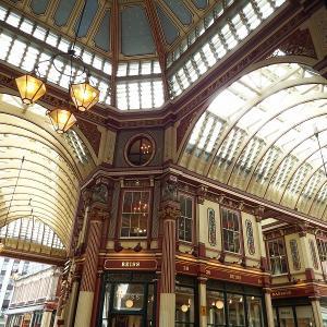 ロンドンで最も古いマーケット。 レドンホール・マーケット(Leadenhall Market)でハリポッターを感じてきた。