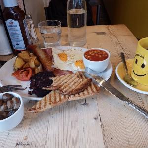 """ロンドンの人気カフェ""""The Breakfast Club「ザ・ブレックファースト・クラブ""""はいつでもトラディショナルな朝食が食べれるレストラン!"""