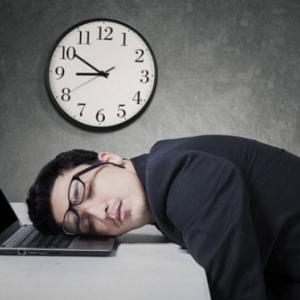 【悲報】管理人Yuki、4月度の残業が40時間を超過した結果・・・!