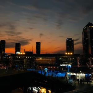 この前の夕暮れが琉球グラスに似ていてほっこり。