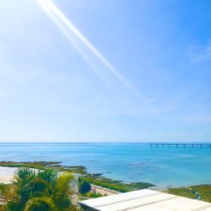 【沖縄】瀬長島の海の写真がウキウキさせてくれる待ち受け画面。
