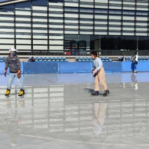 軽井沢でスケートをする