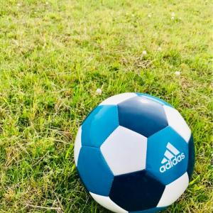 【練習法】僕が逆足でもボールを蹴れるようになったキッカケ[サッカー]
