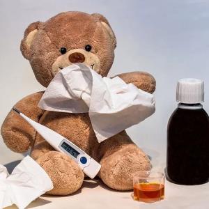 インフル恐し(初期の感染力が強い時は空気感染もあるのですな)