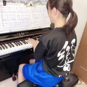 ピアノ伴奏レッスンを頑張っていますよ!