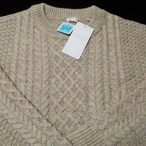 安いセーターを買いました😁👌