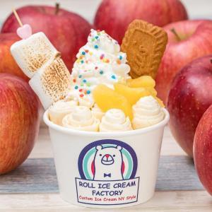 災害を免れた「シナノスイート」を使った「長野の焼きリンゴロールアイス」を食べて台風19号で被災した農家を支援