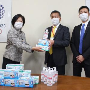 デリス建築研究所が横浜市にアルコールジェルとマスクを寄附