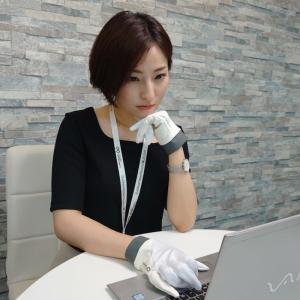 手からウイルス感染を防ぐ夏用ビジネス手袋『ナノガードグローブ』