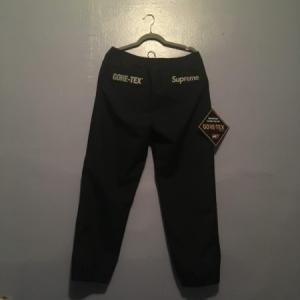 Supreme Gore-Tex Pants Black
