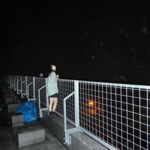 真夜中の心霊写真⑪新潟の旧白倉小学校で撮影されたホンマモンのオーブ。オーブが写ったとして送られてくる写真の95%はオーブではありません。モノホンのオーブとはこんなもん。