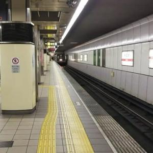 昨夜谷町線最終接続の23時54分大国町駅駅天王寺行。乗車するのはえむびーまん一人。
