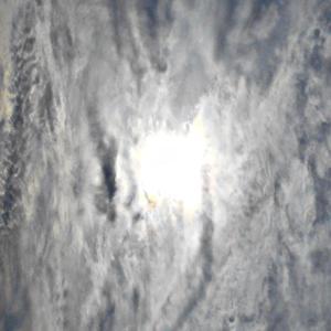 複雑な雲。墨絵のような雲。陰陽が一瞬で入れ替わる。陰が重なる龍雲と狼雲。(20.1.26.日)
