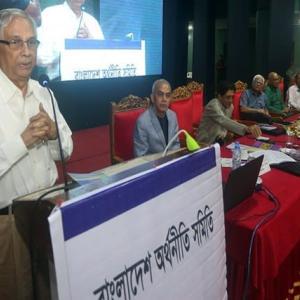 【現地報道に見るバングラデシュ市場の状況】エコノミストが「バングラデシュの所得不平等は危険レベルに達している」と指摘:2019年9月8日付けFinancial Express紙