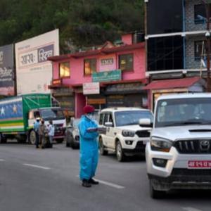 【現地報道に見るネパール市場の状況】政府がカトマンズ盆地の入口を封鎖:2020年5月21日付けKathmandu Post紙