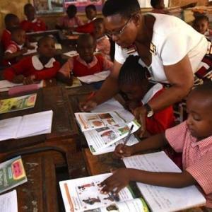 【現地報道に見るケニア市場の状況】私立学校の教師たちが経済支援を模索:2020年6月15日付けStar紙
