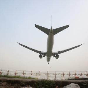 【現地報道に見るバングラデシュ市場の状況】国際線の運航を再開:2020年6月16日付けFinancial Express紙