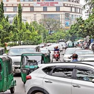 【現地報道に見るバングラデシュ市場の状況】行き詰まったバングラデシュ経済:2020年7月31日付けDaily Star紙