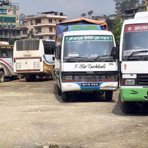 【現地報道に見るネパール市場の状況】9月17日から公営の長距離バスを再開:2020年9月15日付けRepublica紙