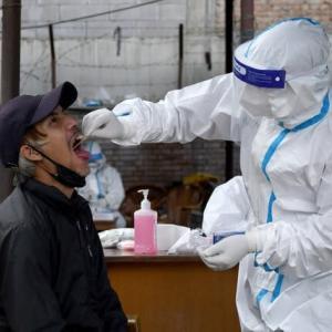 【現地報道に見るネパール市場の状況】2,020名の新規感染者が確認され、保健当局が警笛を鳴らした:2020年9月19日付けKathmandu Post紙
