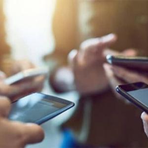 【現地報道に見るバングラデシュ市場の状況】携帯電話の利用者数が1億7,010万人に達する: 2021年1月11日付けFinancial Express紙