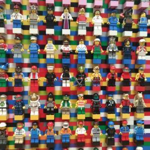 レゴのミニフィグトレードごっこ♡ミニフィグ収納を兼ねて