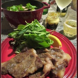 特売のイベリコ豚と鮭バターライス
