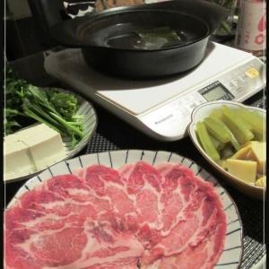 常夜鍋とたけのことフキの煮物