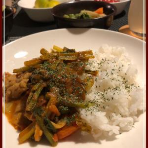 小松菜と豚肉のカレー