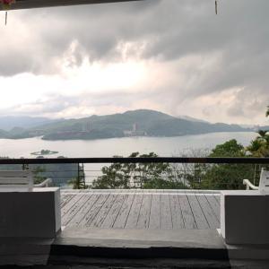 【台湾 日月潭】 三蔵法師の史跡を巡る神々しい湖と原住民料理
