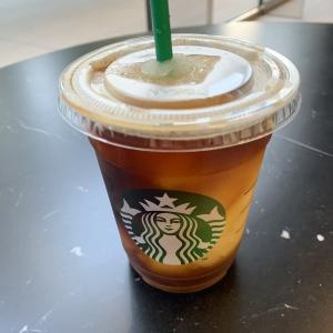 今年初のスタバはコールドブリュー コーヒー フローズンレモネード