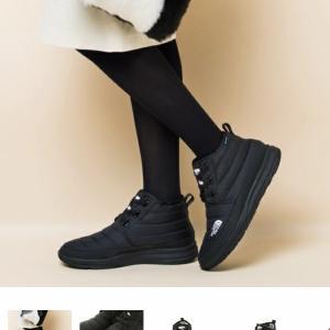 THE NORTH FACEのブーツが可愛い♡