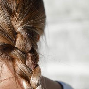 食品工場で勤務する時の髪型はどうすればいい?【決まりはない】