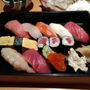 田町 Vol.4 <ランチ・魚がし鮨>
