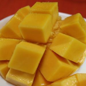 うちごはん・自炊 Vol.105<沖縄からマンゴーが届いた~>