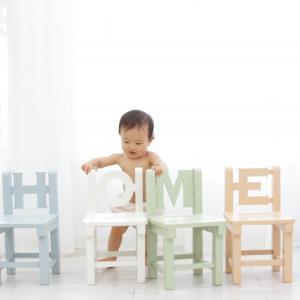 【レビュー】ベビーチェアのバンボとカリブの比較。太ももが大きい我が家の赤ちゃんに最適なベビーチェアは!?