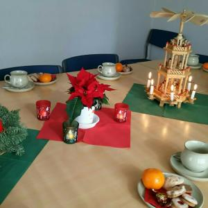 クッキー作りとドイツのクリスマスを体験