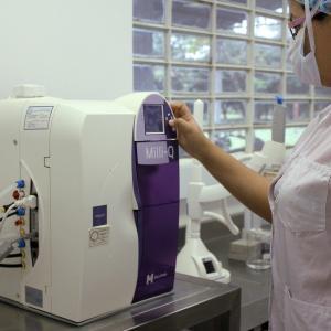 ダウンタウン浜田雅功の長男ハマ・オカモトが体調不良、PCR検査も