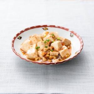 中華料理を日本に広めた四川飯店の陳建民と洋子ママの話とは?息子は料理の鉄人?