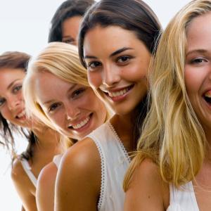女性成功者の共通点12選【一流女性の特徴や習慣から成功の秘訣を学ぶ】